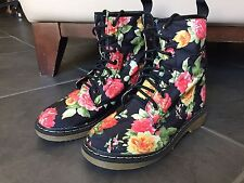 Yoki Womans Combat Boots Topic 19 Size 6.5 Vinyl Floral Pink Yellow Red Blue