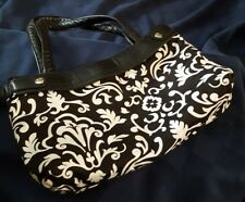 Thirty One 31 Skirt Purse with Black Parisian Pop, Skirt Changeable