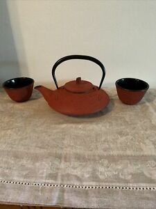 Small Red Cast Iron Tea Kettle W/ Strainer Dragonfly + 2 Cups Made In Japan
