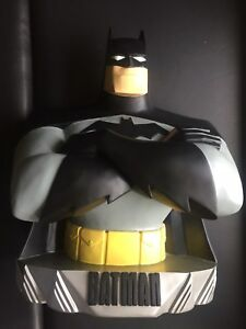 WARNER Brothers WB Batman Bust Statue