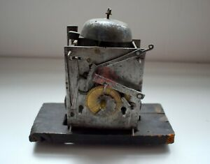 AQ-1740 Barockes Uhrwerk mit Glocke um 1750, antik, Deko