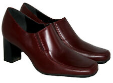Ladies Burgundy Leather Twin Gusset Court Shoe Sizes 3 - 8 (includes half sizes)