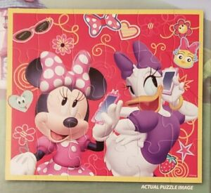 NEW - 24-piece Disney Junior Minnie Mouse Puzzle