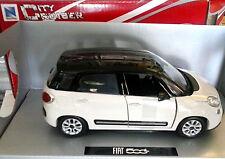 NEW RAY CITY CRUISER 1:24  DIE CAST AUTO FIAT 500 L BIANCO E NERO ART 71053