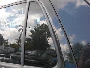 1998-2001 MERCEDES-BENZ W163  ML430 REAR LEFT DOOR VENT GLASS w/ FACTORY TINT