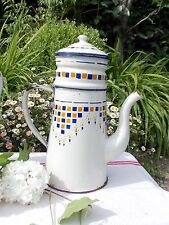 ANCIENNE CAFETIERE EMAILLEE STYLE LUSTUCRU A DAMIER NUMEROTE 87B