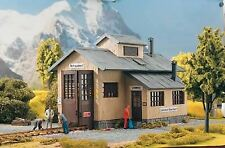 PIKO G SCALE ROSENBACH ENGINE SHED | BN | 62042