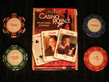 Cartamundi 007 James Bond Casino Royale jugando a las cartas y 4 Fichas-Skyfall