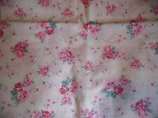 """coupon tissu  """" bouquets de roses """"   73 X 130 cm"""