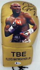 FLOYD MAYWEATHER JR. AUTOGRAPHED GOLD BOXING GLOVE WITH PHOTO LH BECKETT 148624
