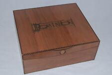 Dominion Boîte de rangement-Hardwood Découpe magnifiquement fini avec gravure