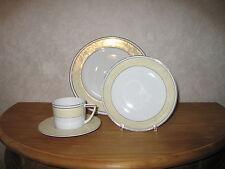 LETANG REMY *NEW* Algrave Set 2 Assiettes + Tasse à thé