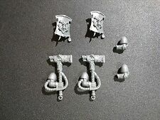 Warhammer 40k Space Marines Space Wolves Pack x2 Thunder Hammer / Shield Bits