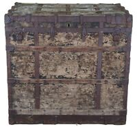 Massive Antique Mendel & Co Steamer Trunk Footlocker Chest Stage Coach Carriage