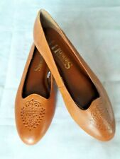 Vintage Honors Leather Flat/Slips on/Moccasins. Size 7.5M