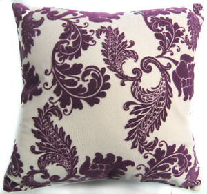 Uf194a Deep Purple Paisley Leaf on Beige Velvet Style Cushion Cover/Pillow Case