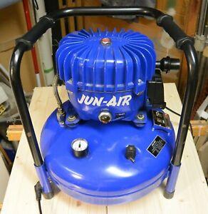 "JUN-AIR KOLBENKOMPRESSOR MODELL 4 ""Blue Line"""