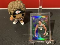 2019-20 Panini Optic Giannis Antetokounmpo Purple MY HOUSE Prizm #5 Bucks!!