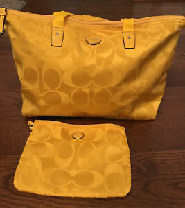 Coach Tote Signature Weekender Overnight Tote And Makeup Bag 77316 Yellow
