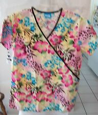Scrub HQ Woman's Short Sleeve Scrub Top Floral Size S  100% Cotton