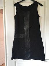 Robe noire droite tissu texturé t  38