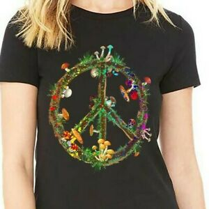 Magic Mushrooms Peace Sign Psychedelic Retro Shrooms Gift T-Shirt