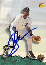 Tony Clark autographed Baseball Card (Detroit Tigers) 1995 Signature Rookies #60