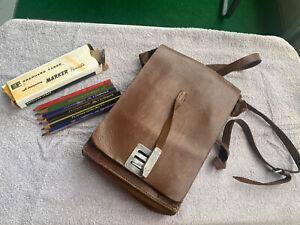 Alte Leder Schultasche Schulranzen Ledertasche 1959 Faber Castell Bunststift rar