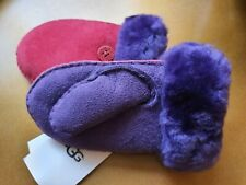 Genuine UGG mittens. 2-4 Yr Old. Ugg Sheepskin Mittens. Tags attached. New