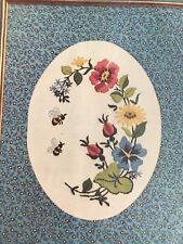 Flowers and Bees Calico Fabric Mat Crewel Kit Vintage Paragon 9x12 Linen Fabric