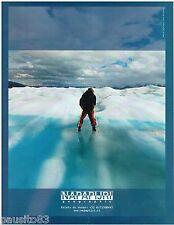 PUBLICITE ADVERTISING 115  2004  Napapijri  GEOGRAPHIC  vetements ski