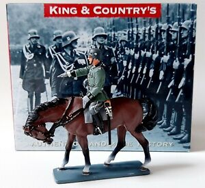 King & Country LAH063 WWII German Wehrmacht Mounted Officer 1:30