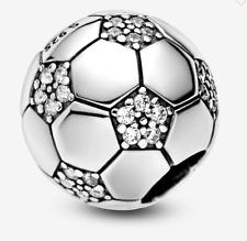 charm pandora forma di palla da calcio