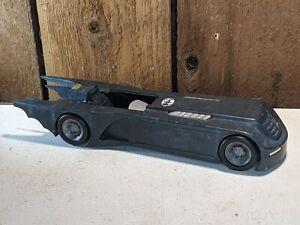 BATMAN ANIMATED SERIES BATMOBILE DC COMICS 1993 KENNER CAR 052621
