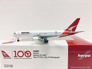 Herpa Wings Qantas Boeing 767-320 City of Wollongong 1:500 VH-EAJ 534383