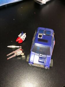 Transformers G1 SKIDS IN GREAT SHAPE W/ SOME ACCESSORIES