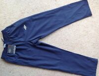 BNWT Umbro Boys Training Trousers, Youth Large (152cm) Dark Navy New Large Boys