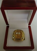 Kobe Bryant - 2001 Los Angeles Lakers NBA Championship Ring WITH Wooden Box