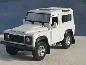 LAND ROVER DEFENDER QHITE  1.38 WELLY DIECAST FACTORY SECONDS FAULTY TOY CAR