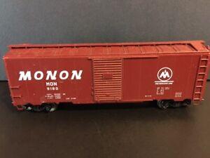 HO scale  40' boxcar - Monon