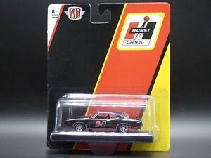 2021 M2 MACHINES 1969 PONTIAC GTO HURST SHIFTERS AUTO DRIVERS R74 21-12 1:64 CAR