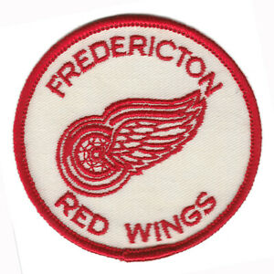 """1978-80 FREDERICTON RED WINGS NBJHL HOCKEY MINORS VINTAGE 3"""" DEFUNCT TEAM PATCH"""