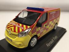 """Norev Renault Traffic 2014 """"Pompiers Infirmiers"""" 1/43 518023"""