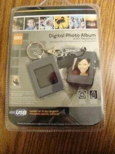 Digital Photo Album with Key Ring USB NEW Rechargeable 3 Hours 60 Images ST1
