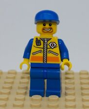LEGO USED MINIFIG City  Coast Guard City - Patroller 1 CTY070 7737 7739 4210