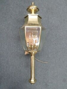 Hinkley Lighting 2868 Polished Brass Outdoor Wall Mount