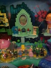 WIZARD OF OZ 2001 PLAY SET  DOROTHY & FRIENDS #23637 NIB