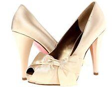 New Paris Hilton Destiny ivory  satin women's heel shoes  size 8.5 (MSR 155 )