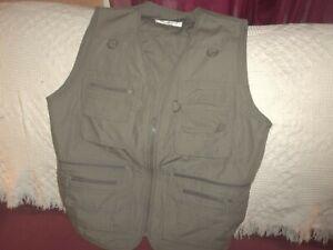 OlympinA 16 Pocket Concealment Vest Leisure Series Olive Green  SZ XL 44X25