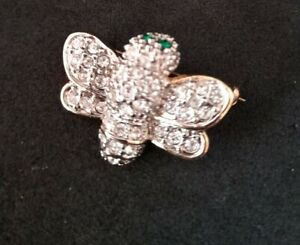 Bee crystal gold tone small brooch